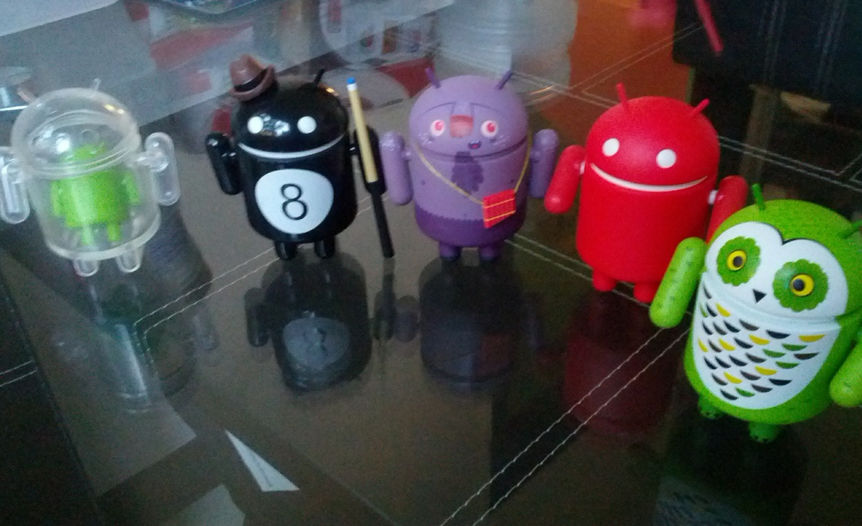 Android_series_3_collectibles_01