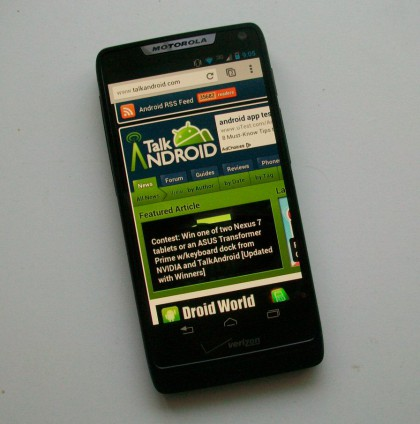 Motorola_DROID_RAZR_M_TA_Front-420x424
