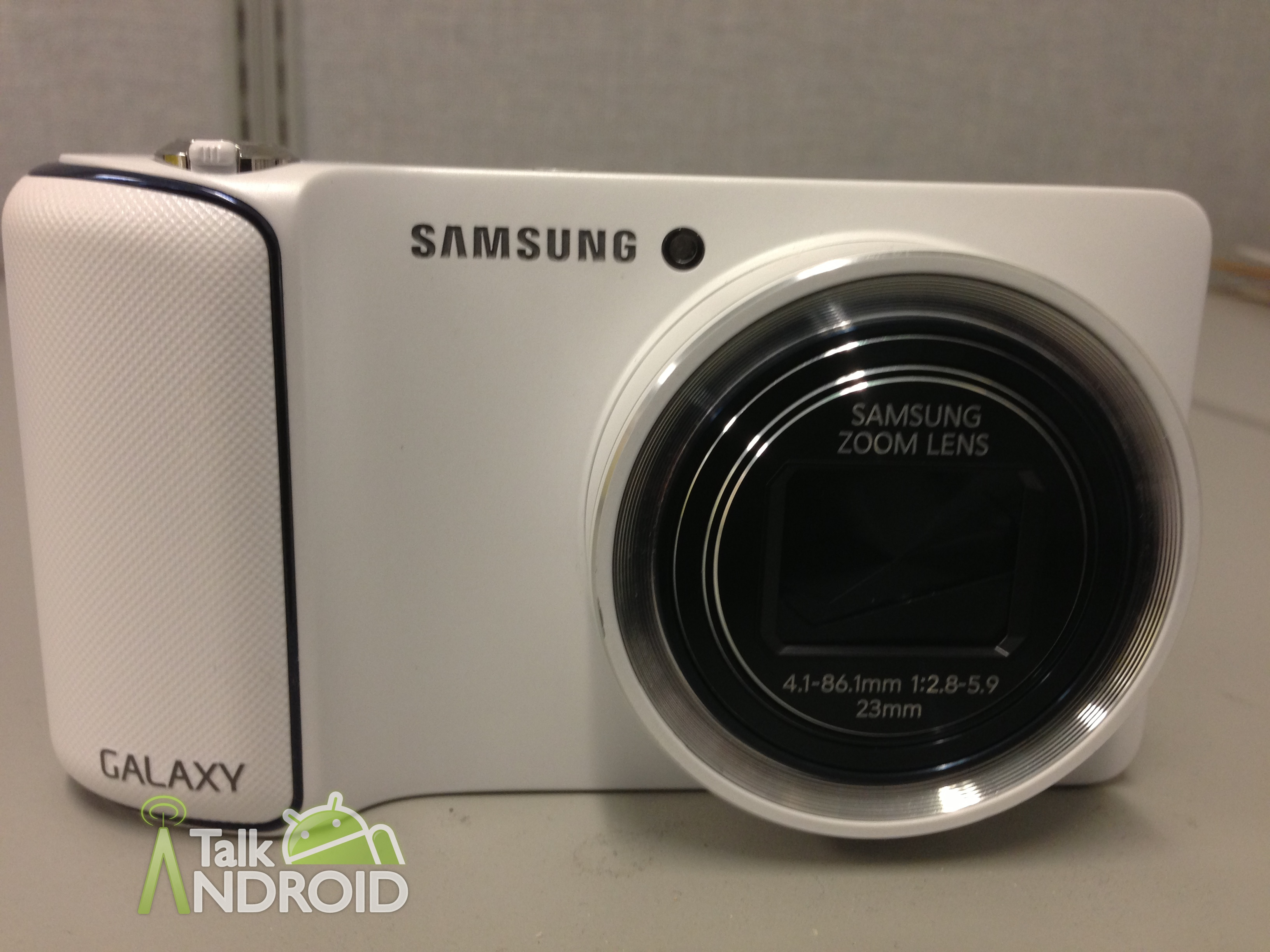 Samsung_Galaxy_Camera_Review_Front_Closeup