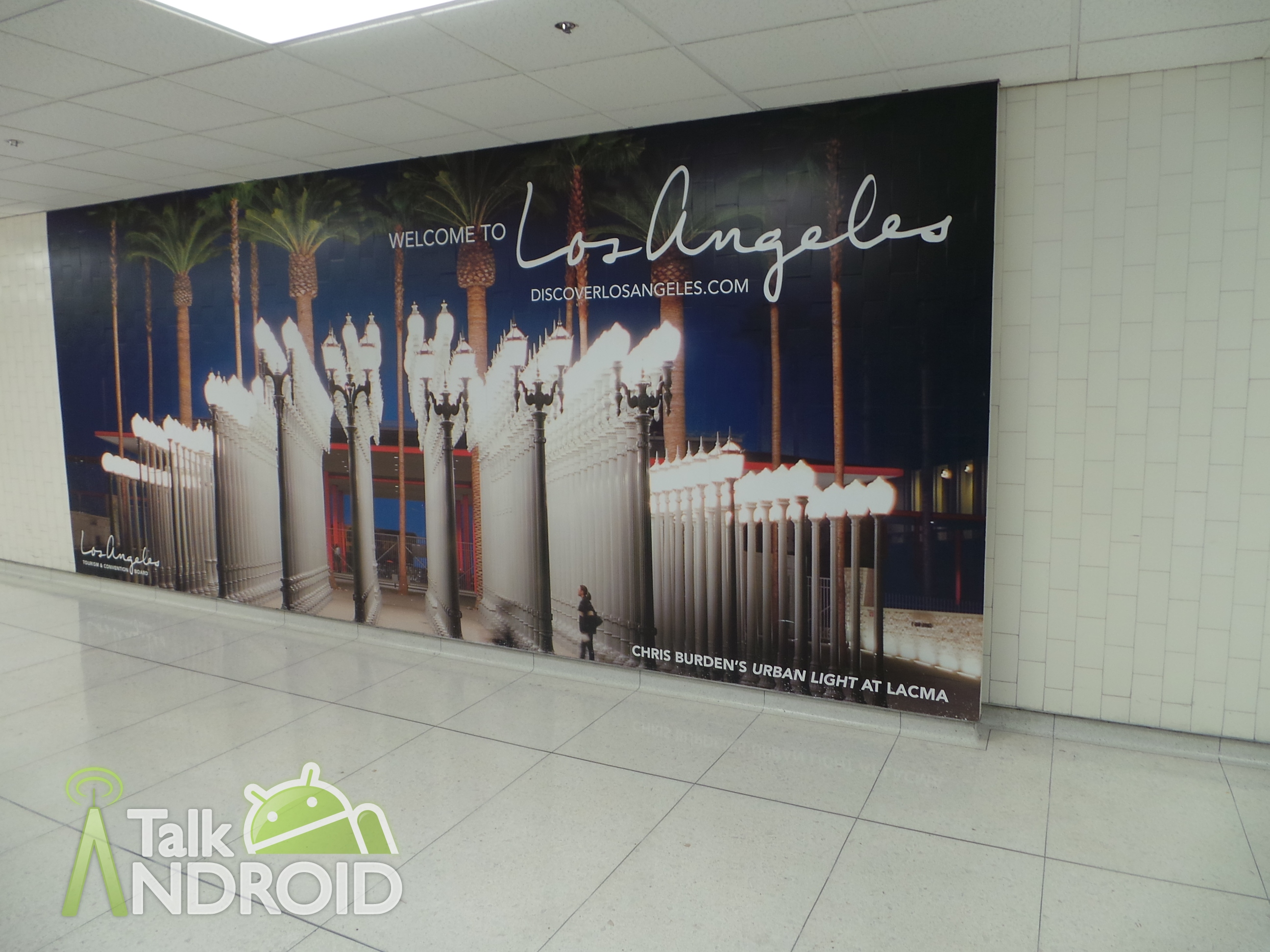 Samsung_Galaxy_Camera_Review_Welcome_To_LAX_Airport