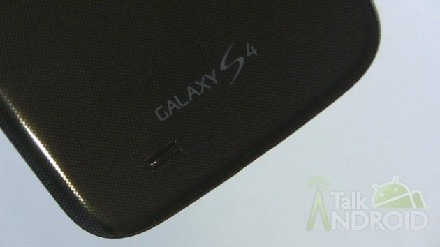 Samsung_Galaxy_S_4_Back_Bottom_GS4_Logo_TA