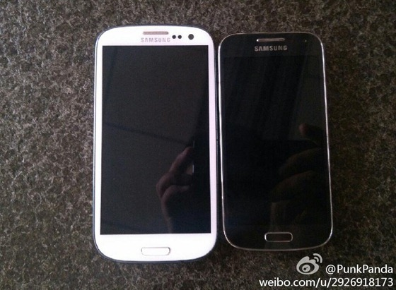 Galaxy_S_4_mini