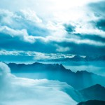 Sony_Xperia_Z1_Wallpapers_cloudy_mountain_hd1080p