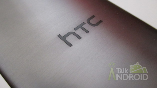 HTC_One_M8_Back_HTC_Logo_TA_02