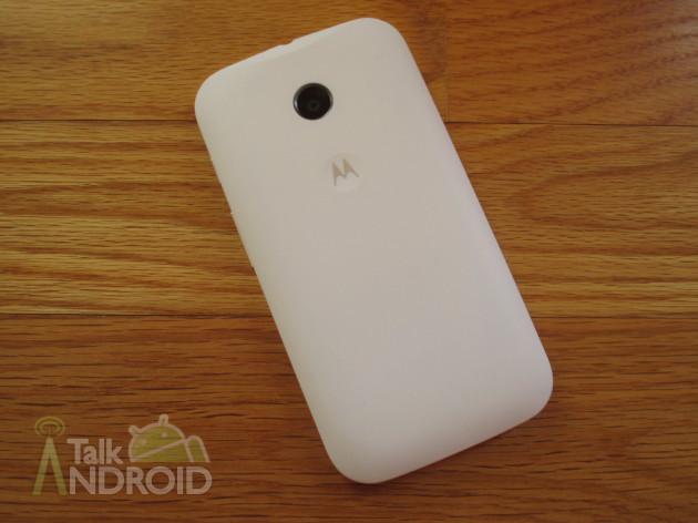 Motorola_Moto_E_Back_TA