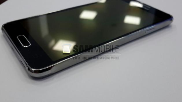 Samsung_Galaxy_Alpha_Leak_4.7_inch_06