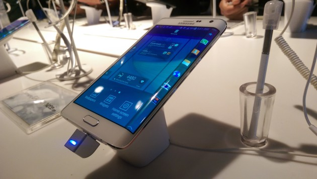 samsung_galaxy_note_edge_demo_4