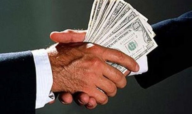 Lobbying_Money_Shaking_Hands