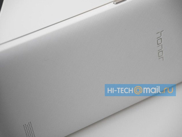 huawei_honor_mid-range_device_leak_0328_rear