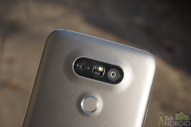 lg_g5_back_top_shining_closeup_TA