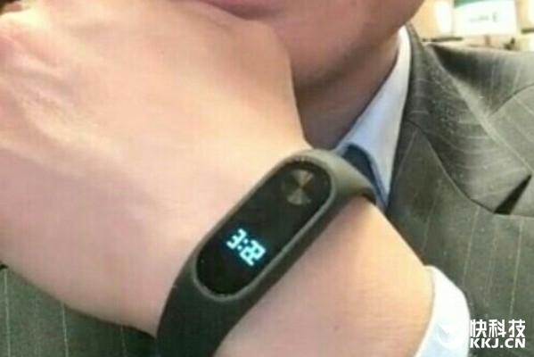 Xiaomi_MiBand2_wrist_leak_052616