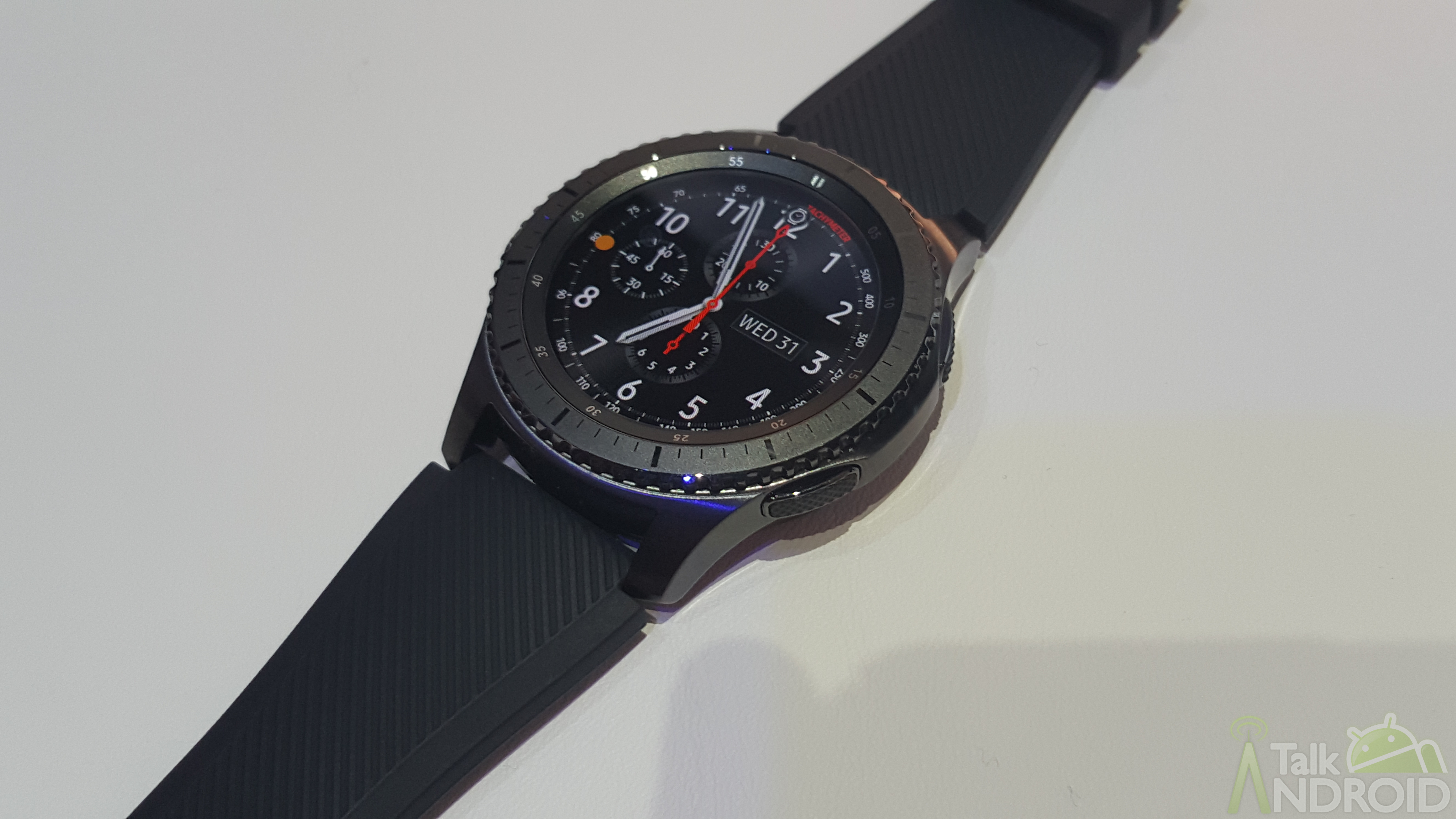 Huawei's smartwatch likely to run on Samsung Tizen OS