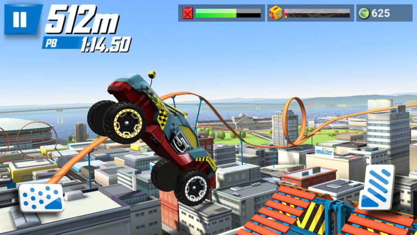 hot-wheels-race-off-in-air