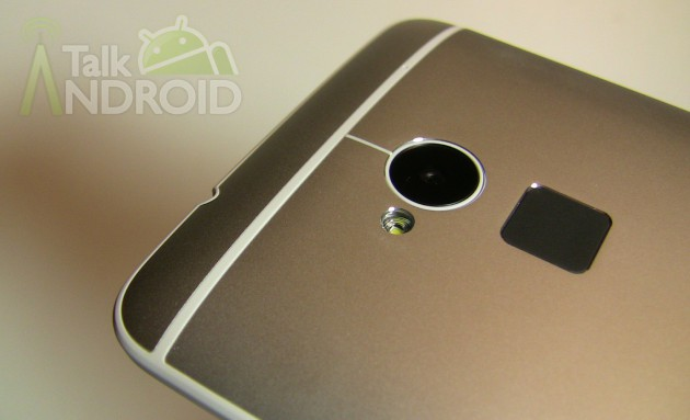 HTC_One_Max_Back_Closeup_Camera_Fingerprint_Scanner_03_TA