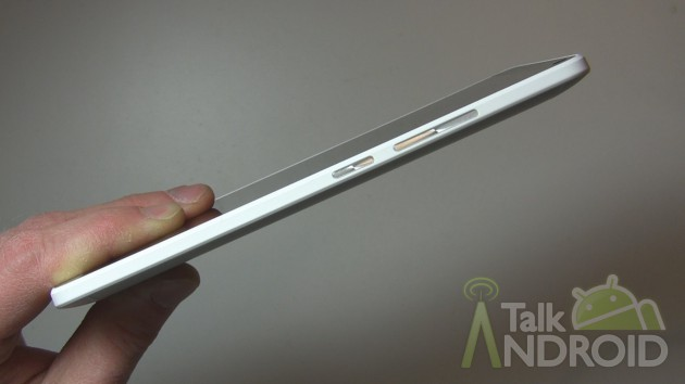 HTC_One_Max_Right_Side_TA