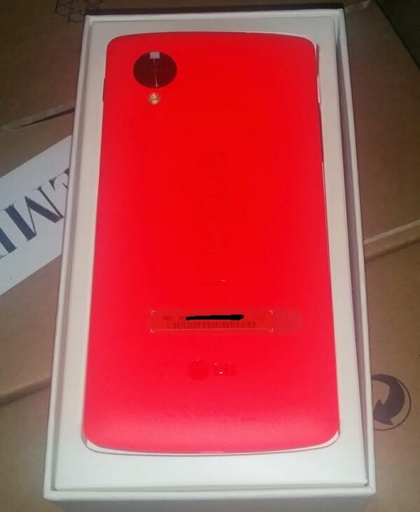 More images of red Nexus 5 show up online
