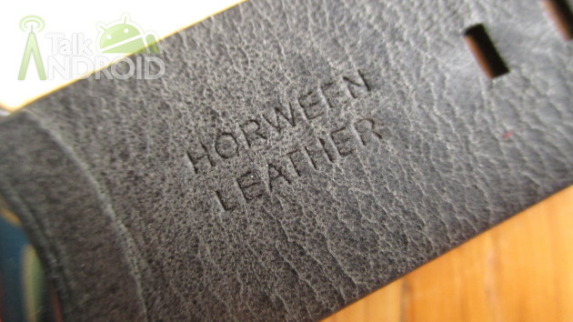 Moto_360_Horween_Leather_Logo_TA