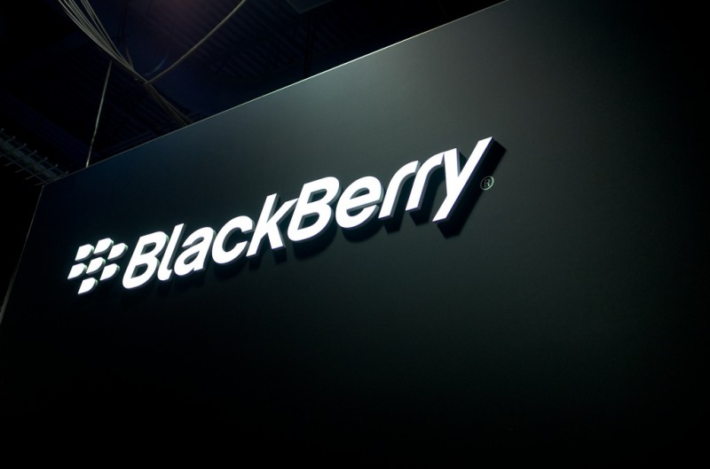 Samsung offers to purchase BlackBerry