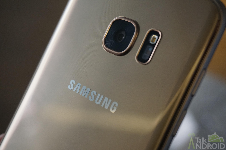 samsung_galaxy_s7_edge_gold_back_camera_logo_TA
