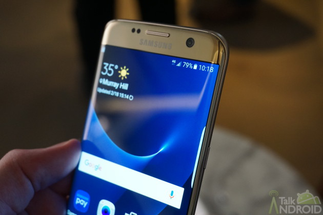 samsung_galaxy_s7_edge_gold_right_side_angled_TA