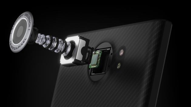 blackberry_priv_camera_pieces
