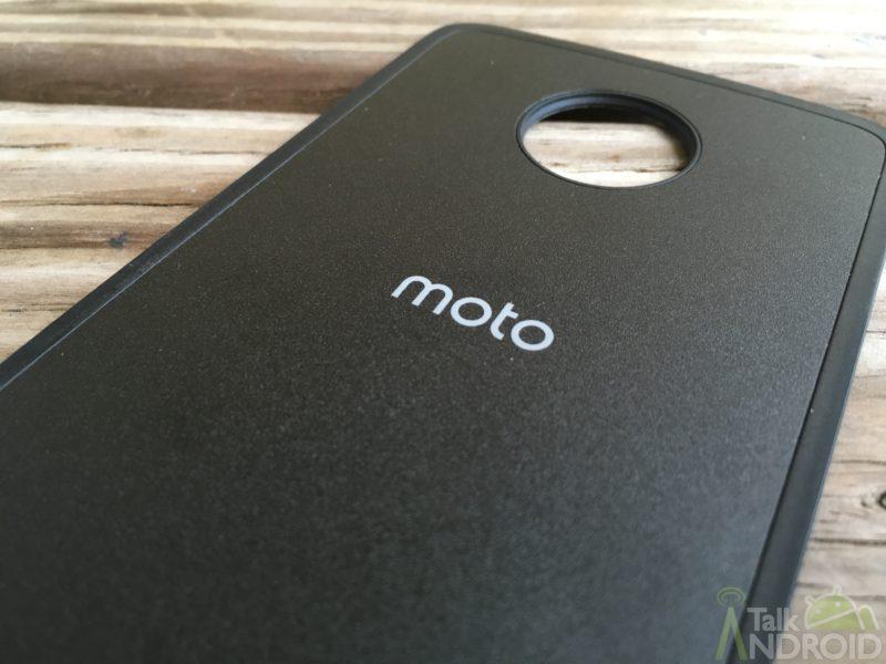 moto_logo_on_moto_mod_TA