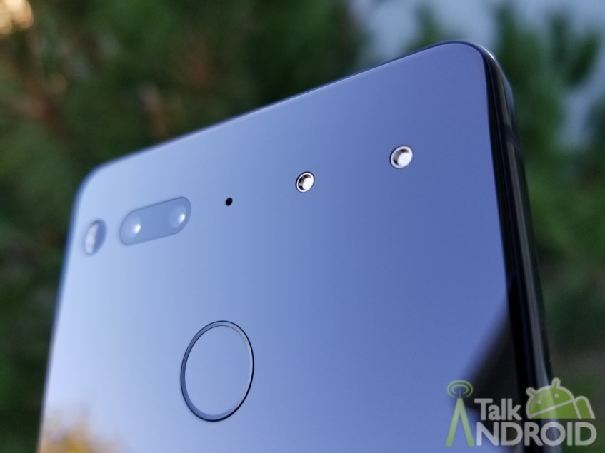 Essential Phone update adds Bluetooth 5.0, extra notch settings, and more
